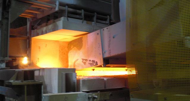 крупнейшая в мире линию по производству плоского стекла