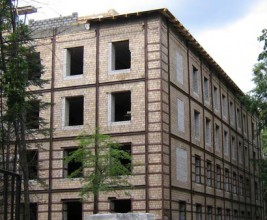 ЛВЛ-брус. Современный материал на страже строительных традиций