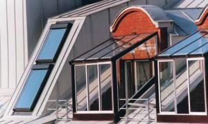 Крыша с проблемной вентиляцией подкровельного пространства и затрудненным влагоудалением