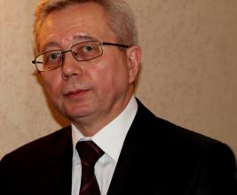 Ярослав Назаров, руководитель компании «Современная кровля».  «Не боги горшки обжигают…»