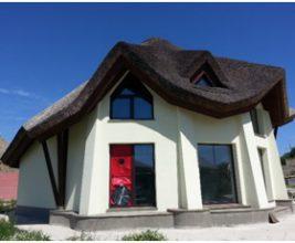 Контроль качества воздухонепроницаемой оболочки пассивного дома со сложной конфигурацией скатной кровли