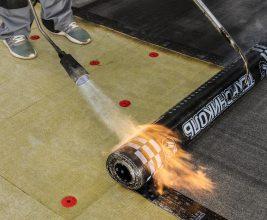 Утепление плоской кровли: энергоэффективное решение с кашированными плитами